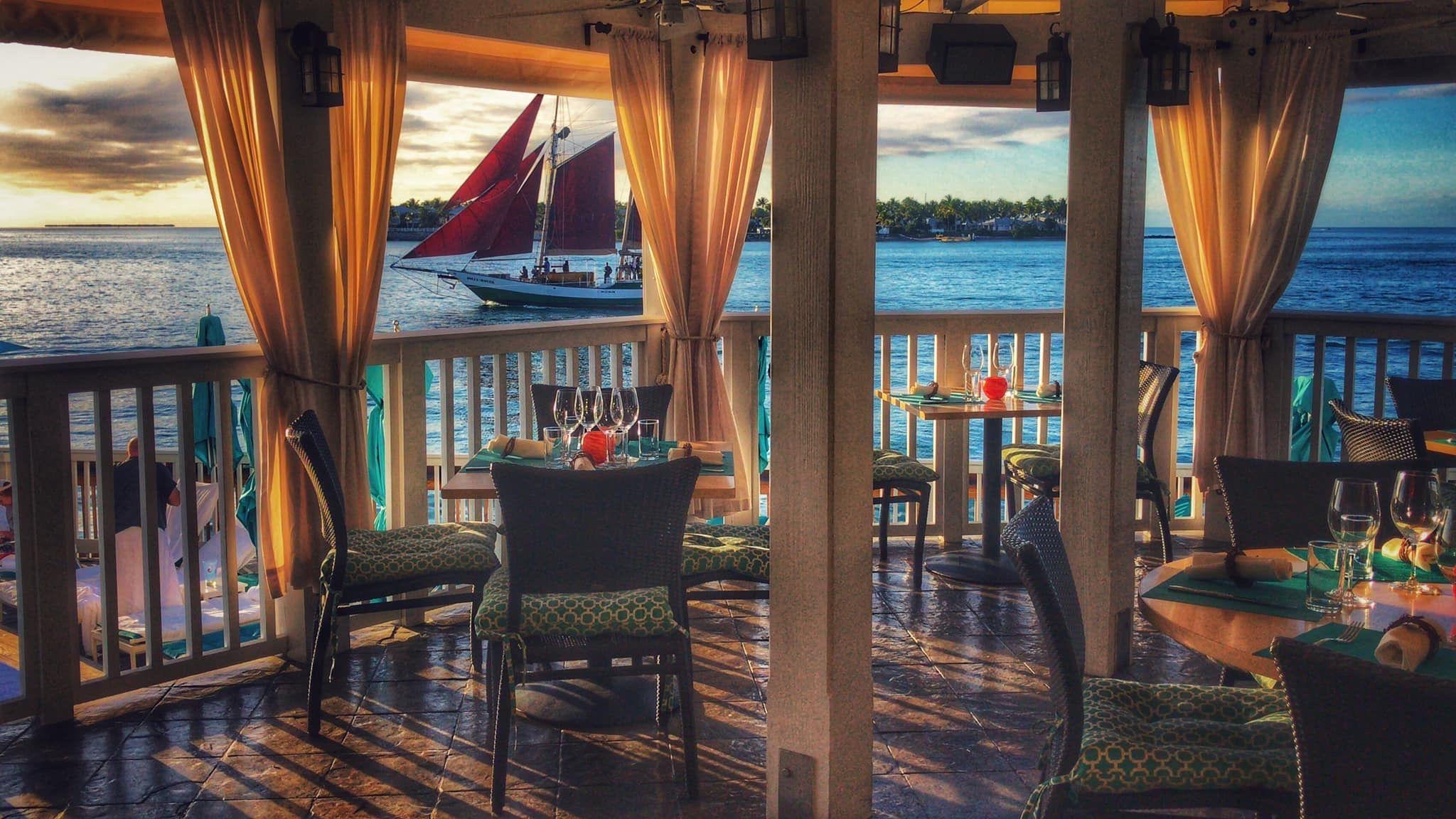 Intip Tips Booking Café di Keywest USA